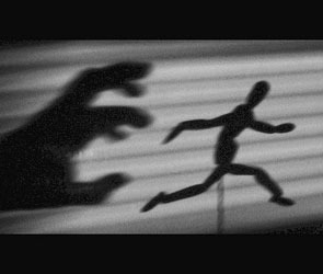 В Советском районе мужчина пытался изнасиловать двух 10-летних девочек