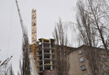 В Воронеже разобрали «падающий» кран