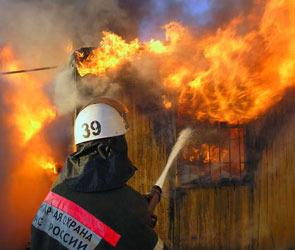 В Воронеже сгорел магазин