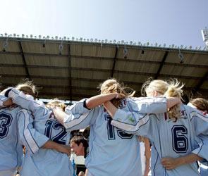 Трёх футболисток «Энергии» вызвали в сборную страны