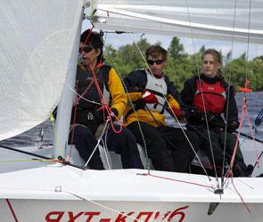Воронежские спортсмены приняли участие в регате «Блондинка за рулем»