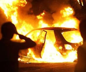 Жара привела к возгоранию авто, есть жертвы