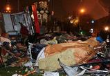 В Москве лихач на спорткаре сбил два торговых киоска