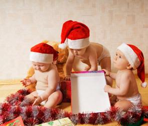 Развивающие игрушки для младенцев до восьми месяцев