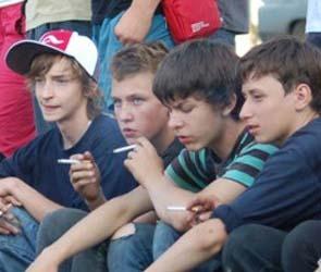 В Воронеже будут бороться с продажей табачных изделий подросткам