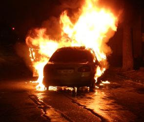 В Воронеже сгорела полицейская машина