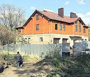 В Воронеже на улице танкиста Серебрякова вырубили около 30 деревьев