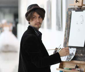 В Воронеже художник менял свои работы на вещи и утварь