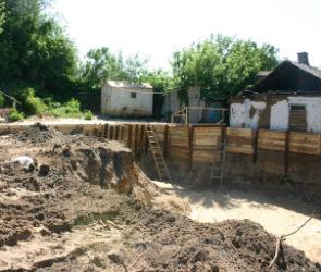 Женщину завалило кирпичами на стройке в центре Воронежа