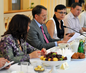 Губернатор встретился с представителями региональных СМИ