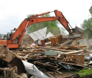 Незаконные постройки сносят в Железнодорожном районе Воронежа