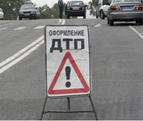 Воронежец врезался в опору моста