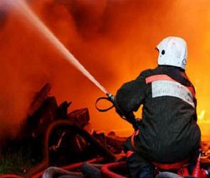 Два жилых дома загорелись в Воронежской области