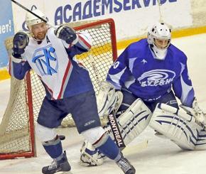 Хоккейная команда «Буран» проиграла в Тольятти «Ладе»