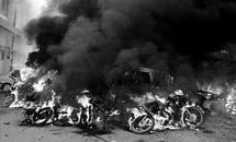 Террористы взрывают Индию