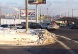 Из-за аварии водители не могут выехать с набережной Массалитинова