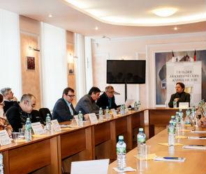 В правительстве Воронежской области подумывают о создании «белого» списка журналистов