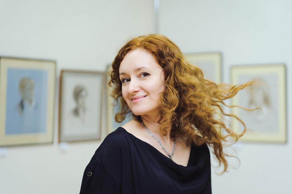 Художница Ирина Ачкасова открыла в Воронеже неделю Бали
