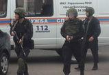 В связи с захватом заложников в Белгороде эвакуировали школу и детский сад