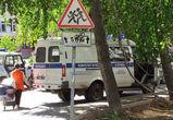 Учеников гимназии имени Платонова экстренно эвакуировали из-за найденной в здании гранаты