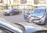 В столкновении «Лады Калины», Audi и BMW Х3 у цирка пострадали дети