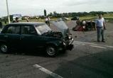 Под Воронежем лобовое столкновение спровоцировало аварию из четырех машин
