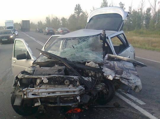 На трассе «Дон» в ДТП с двумя легковушками погиб водитель