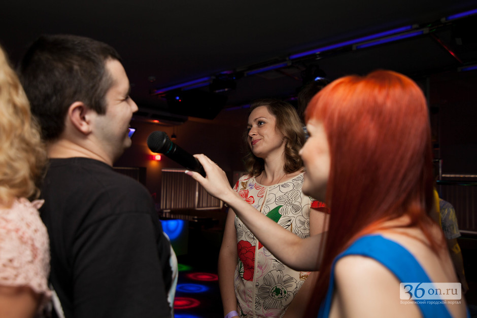 Вечеринки знакомство флирт