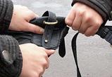 В Воронеже прохожий помешал уличному ограблению
