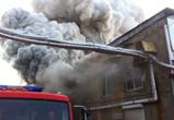 Крупный пожар на складе в Воронеже был виден из центра города