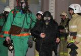 На пожаре в многоэтажке один человек погиб, более шестидесяти эвакуировано