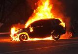 Ревнивый воронежец за 15 000 рублей заказал поджог машины соперника