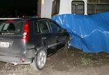 В Воронеже пьяный водитель снёс забор (ВИДЕО)