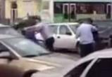 В Воронеже полицейские и автомобилист подрались из-за украденного колеса (ВИДЕО)
