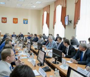 Алексей Гордеев провел в Нововоронеже выездное заседание правительства области