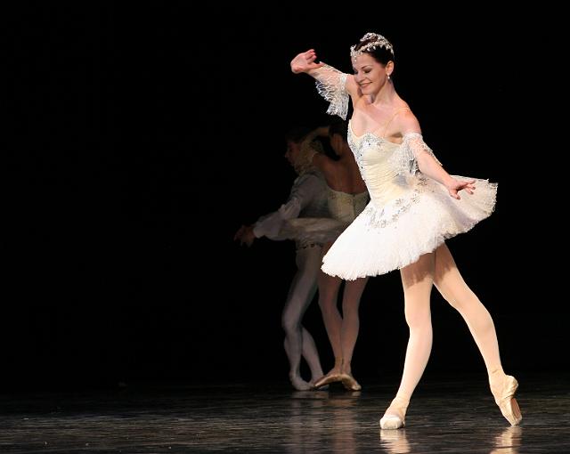 Губернатор проигнорировал дебют нового худрука Оперного на воронежской сцене
