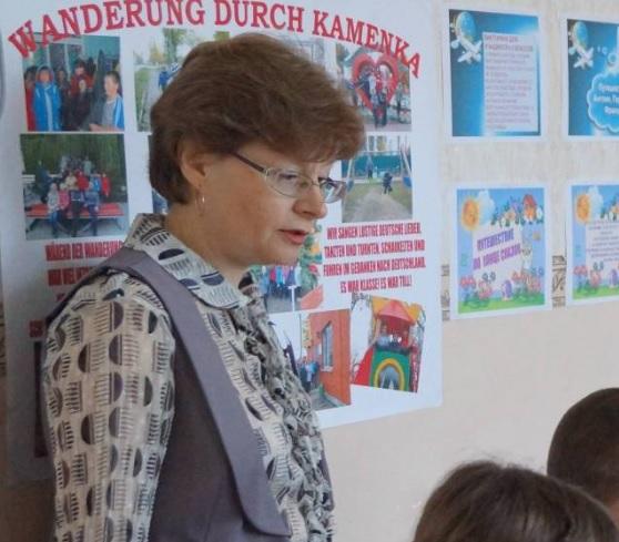 СМИ: В Воронежской области на линейке умерла учительница