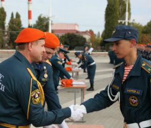 В Воронеже курсанты института МЧС приняли присягу (ФОТО)