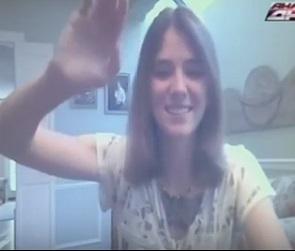 Американка, искавшая в Воронеже маму, впервые увидела родственников (ВИДЕО)