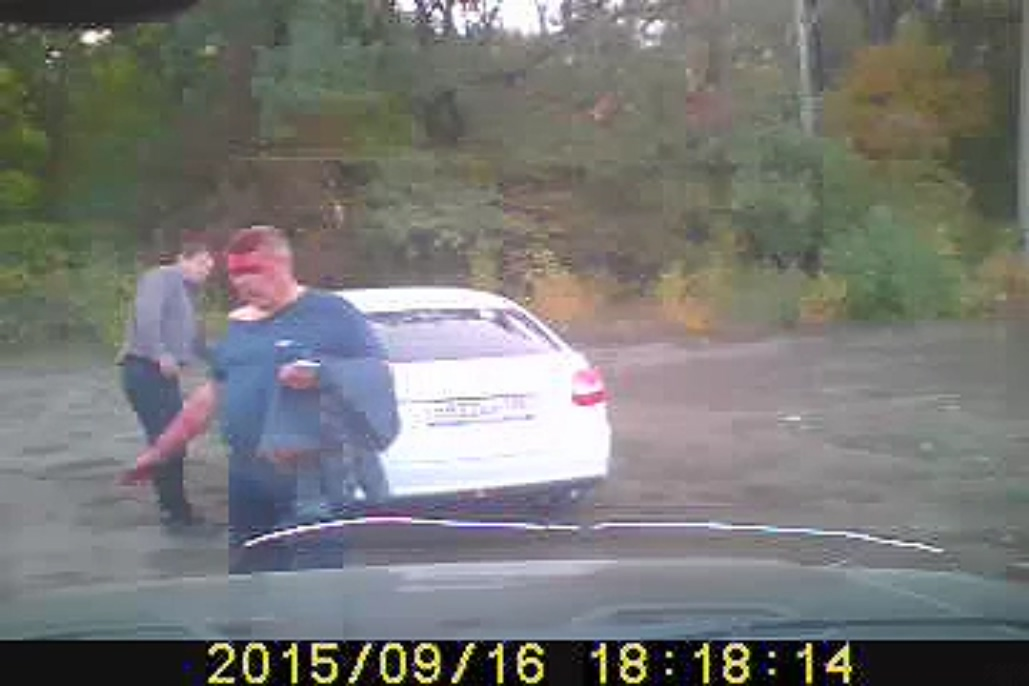 Следователь довел до слез 15-летнюю дочь  водителя, избитого полицейским