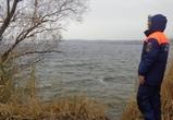 Жители Бобровского района достали из реки тело мужчины