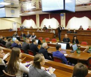 В Воронеже стартовала научная конференция, посвященная постгеномным технологиям