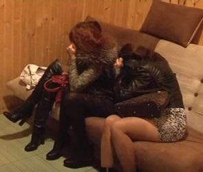 Воронежских проституток поймали в липецкой бане (ВИДЕО)