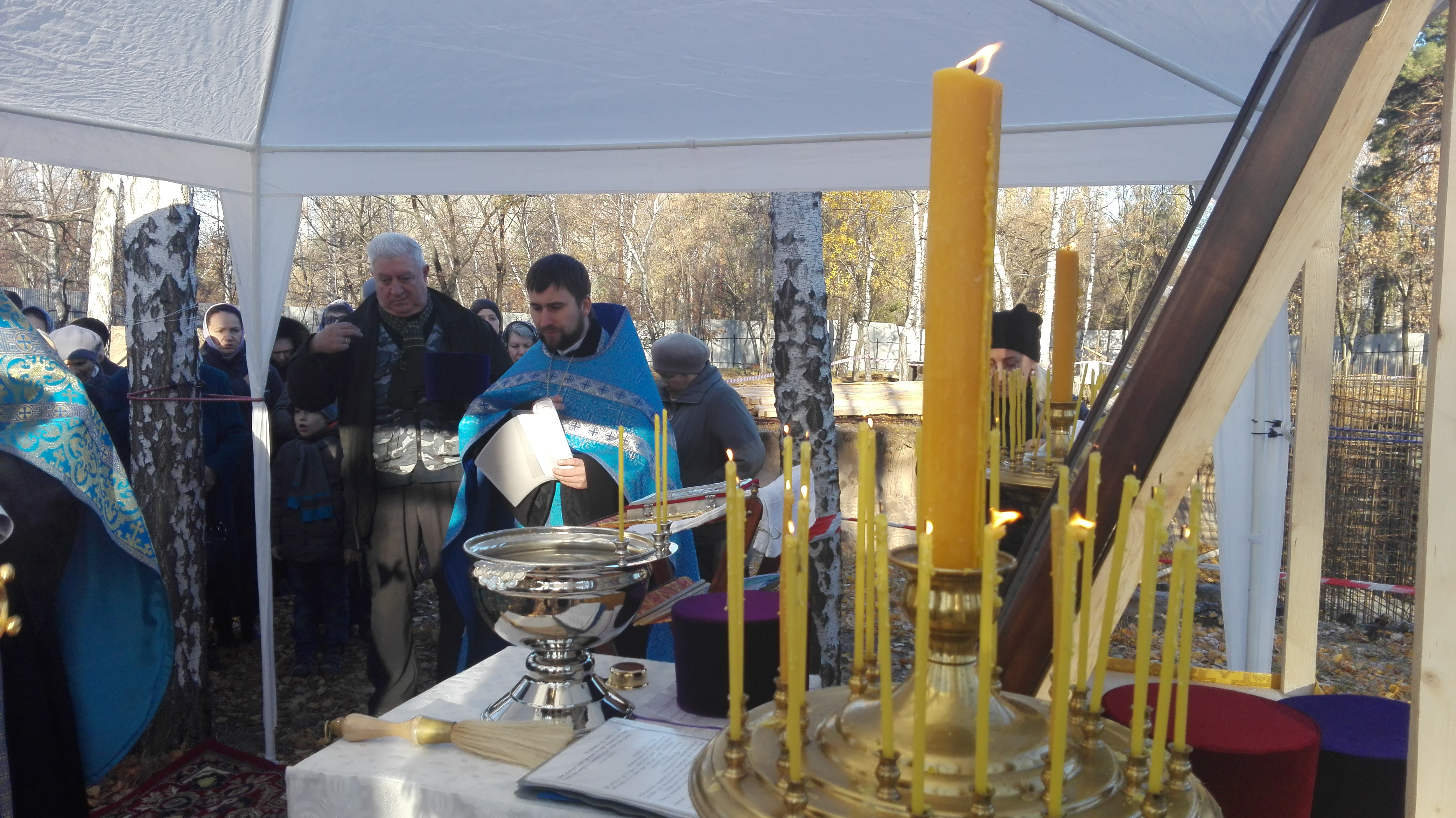 На стройплощадке храма в парке «Южный» прошел первый престольный праздник