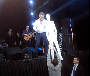 На концерте в Воронеже Леонид Агутин познакомился со своим «двойником» (ФОТО)