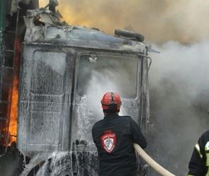 Турецкий гуманитарный конвой попал под авиаудары в Сирии (ФОТО)