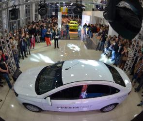 Как прошла ночь старта продаж LADA Vesta в  Воронеже (ФОТО)