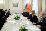 Алексей Гордеев встретился с делегацией компании «Лесафр»