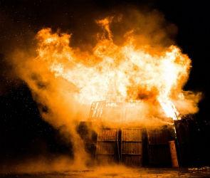 Под Воронежем пироман поджигал киоски из-за любви к работе пожарных