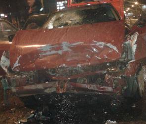 Два человека пострадали в столкновении Chevrolet и Audi в Воронеже (ФОТО)